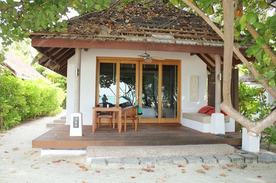 LUX* South Ari Atoll : Our beach villa