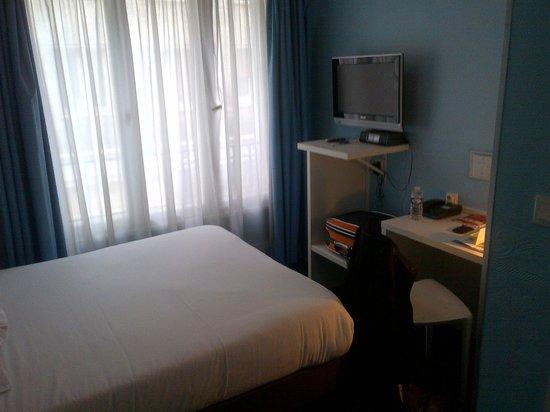 Hotel Notre Dame : Chambre