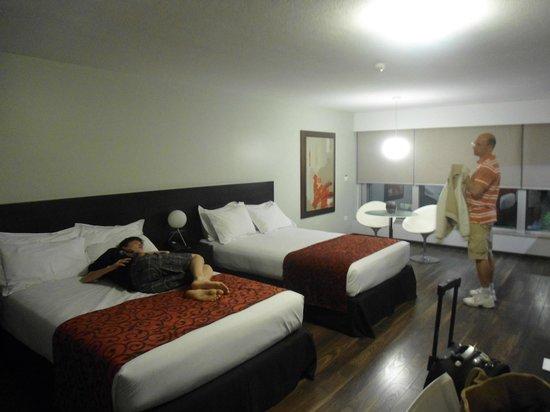 My Suites: Quarto enorme !