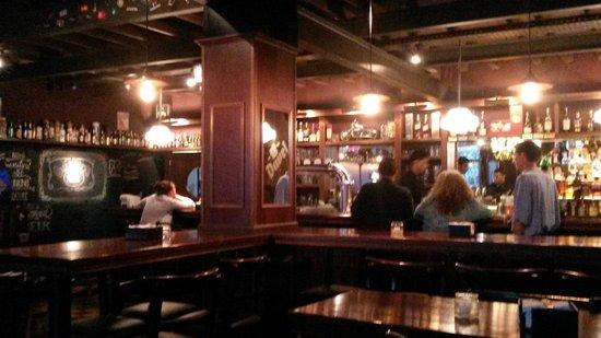 Gallagher's Irish Pub: 1