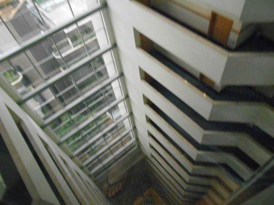 Prodigy Grand Hotel & Suites Berrini : Vista do elevador panoramico