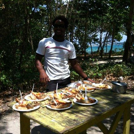 Merrils Beach Resort II : déjeuner sur la plage Langouste