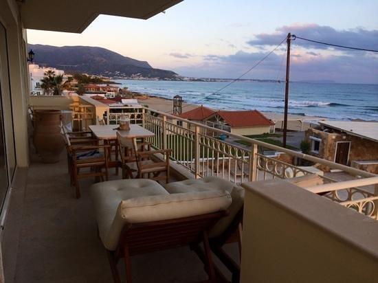 Parthenis Beach: huge terrace. nice place to enjoy sunset