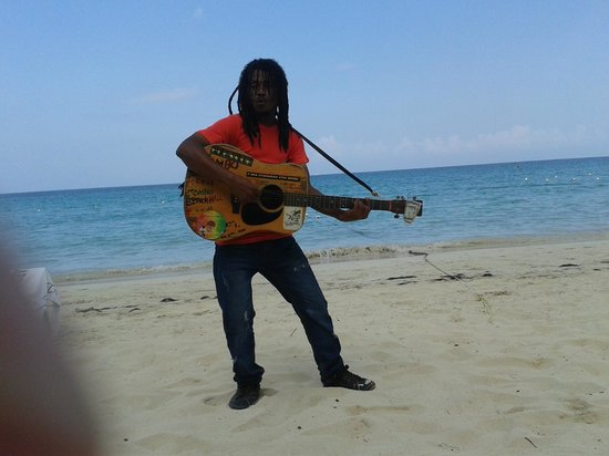 Merrils Beach Resort II : chanson jamaïcaines