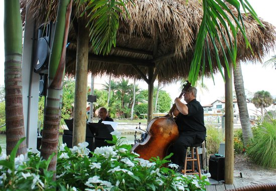 Matanzas on the Bay : Live music on Fridays. We enjoyed some jazz.