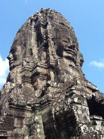 Bayon (Angkor) : Bayon faces