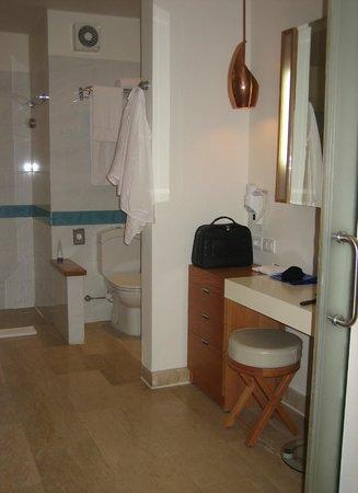 Movenpick Resort & Spa El Gouna : SDB