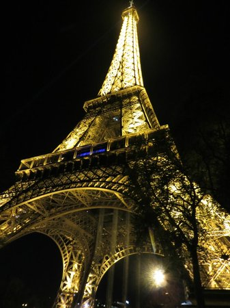 Hotel Saint Germain : Eiffel Tower at night!
