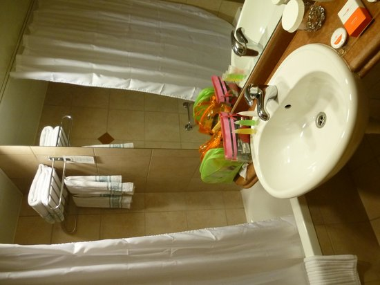Hotel Prima City, Tel Aviv: salle de bains