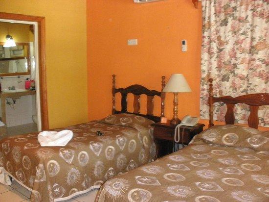 Merrils Beach Resort II: la chambre