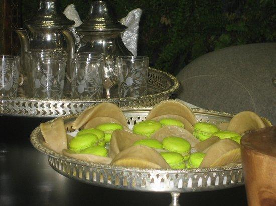 Sofitel Essaouira Mogador Golf & Spa: Pâtisseries et thé à la réception