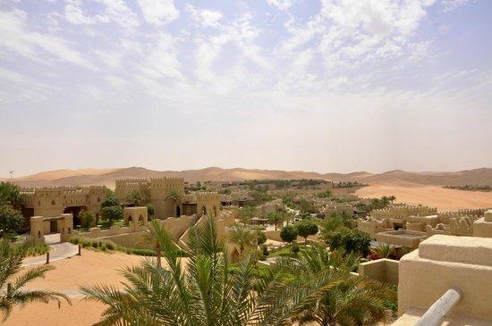 Qasr Al Sarab Desert Resort by Anantara: Wie eine Oase ...