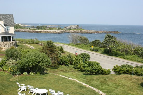Ocean Cape Arundel Inn: view of walker point from the room