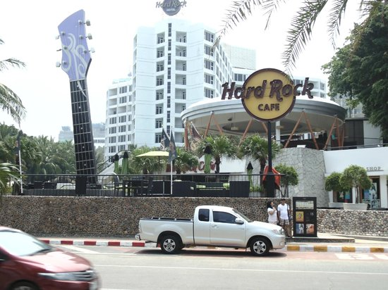 Hard Rock Hotel Pattaya: Awesome view from Beach Side