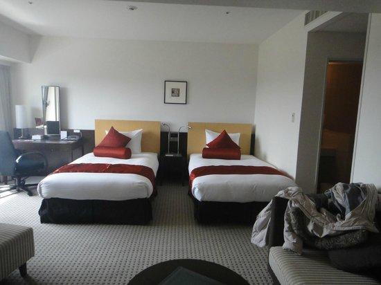 ANA Crowne Plaza Hotel Narita: Grande chambre