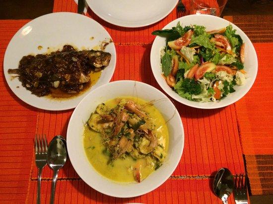 Villa Atulya: コックに作ってもらったディナー