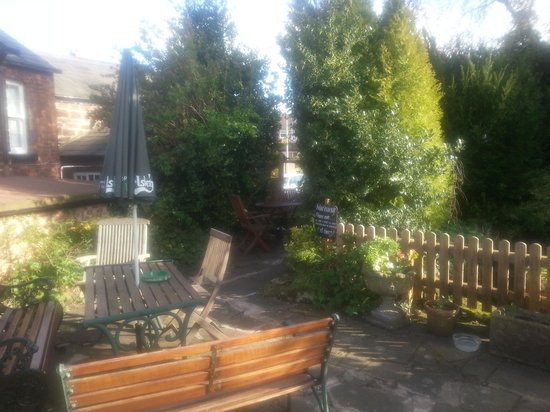 Ring o Bells : beer garden