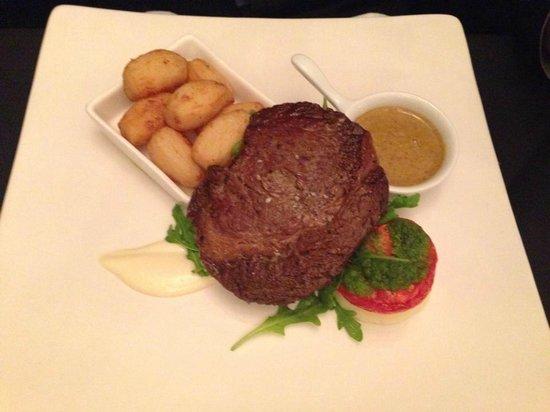 Porto Restaurant: Rib Eye Steak