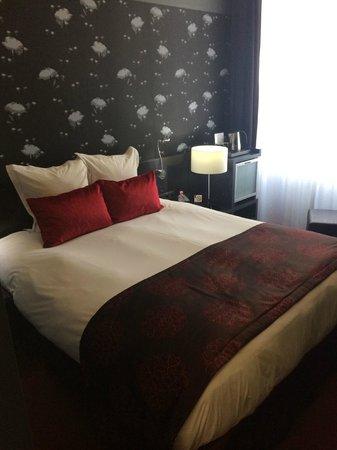 Hotel Nemzeti Budapest - MGallery by Sofitel: Standard room. Cozy and modern