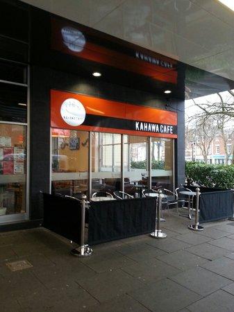 Kahawa Cafe: outside seating