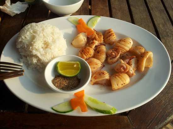Phuong Binh House: Grilled squid - YUM
