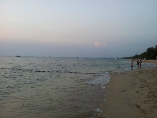 Phuong Binh House : Sunset walk