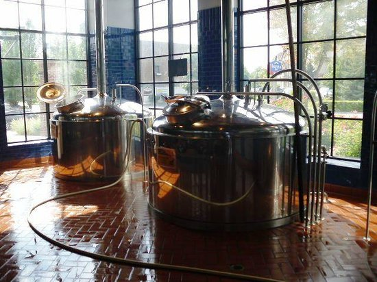 Frankenmuth Brewery: Brewing kettles