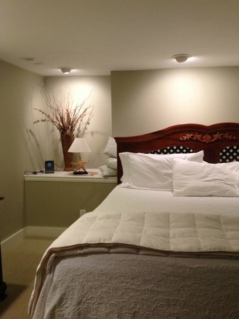 Cuthbert House Inn : Bedroom