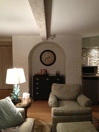 Cuthbert House Inn : Historical Interior