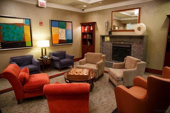 River Hotel : Lobby