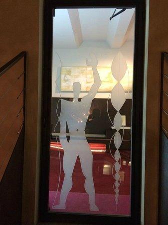 Hotel Art by the Spanish Steps: Hotel Art door