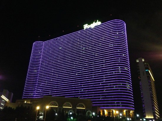 Borgata Hotel Casino & Spa: The Borgata by night