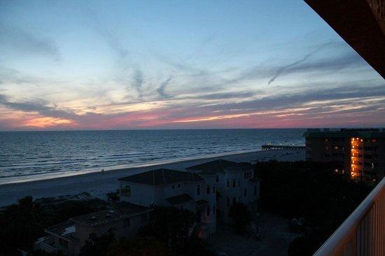 San Remo Resort and Beach Club: Sunset