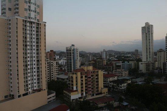 Novotel Panamá City: Vista do apartamento