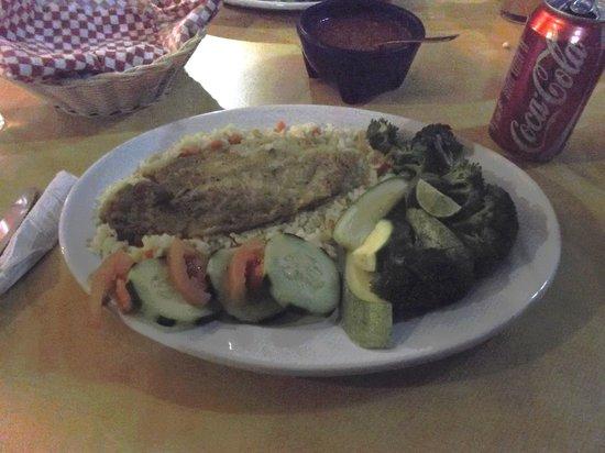 Hotel Plaza Del Sol: Mon assiette au restaurant de l'hôtel.