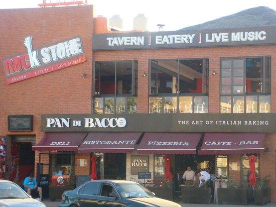 Pan di Bacco: Outside view