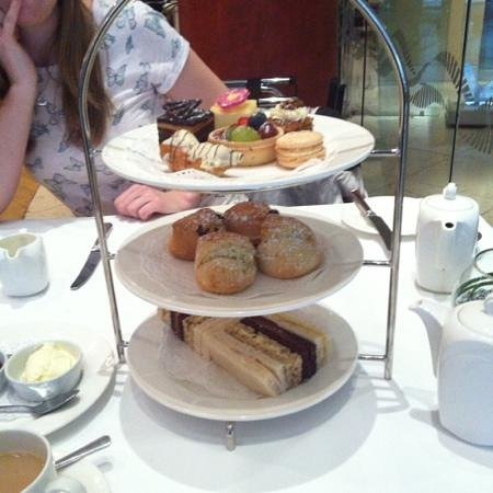 Kingsway Hall Hotel : Afternoon tea