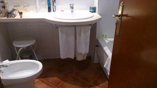 ILUNION Caleta Park: Baño