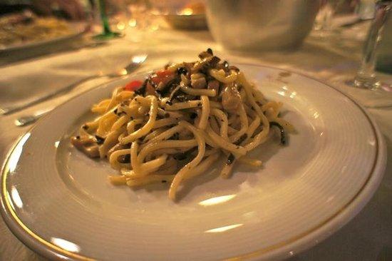 Hotel La Rosetta : La Rosetta Restaurant pasta with truffles