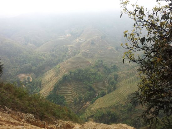 Adventure Indochina Travel : Sa Pa trekking tour