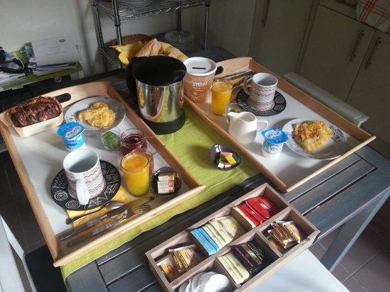 Le Jardin Cache : Breakfast