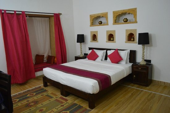 Jasmin Home : Our Room