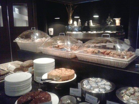 Radisson BLU Mailand: Uno degli angoli del breakfast