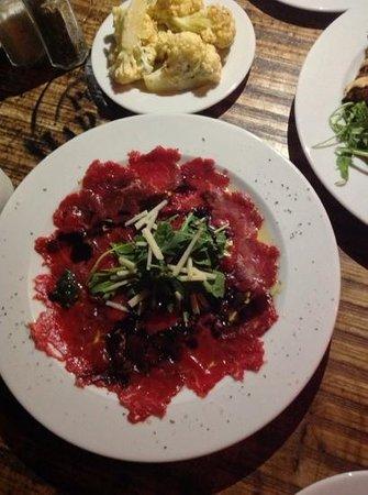 Hatraklin Bistro Meat & Wine: sirloin carpaccio