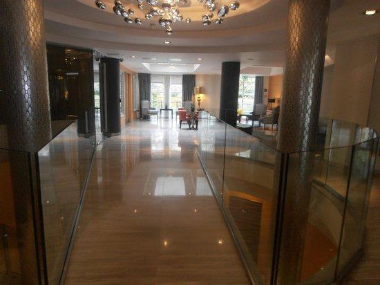Crowne Plaza London Kensington: Reception