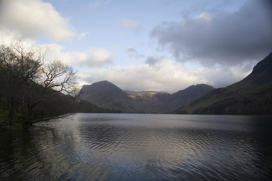 Bridge Hotel: Buttermere and Fleetwith Pike