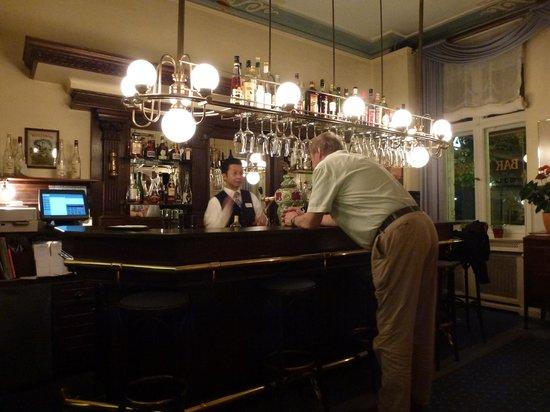 Henri Hotel Berlin: Bar