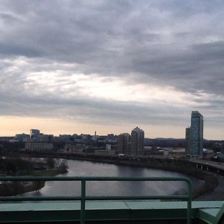 DoubleTree Suites by Hilton Boston-Cambridge : View from the room!