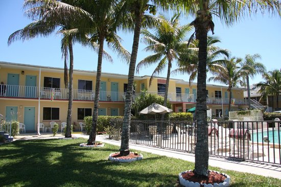 Hideaway Waterfront Resort & Hotel: Hideaway Waterfront Resort and Hotel Cape Coral, FL