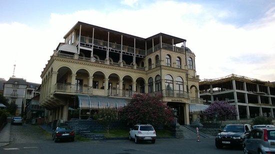 Hotel Ambassadori : Hotel Amassadori